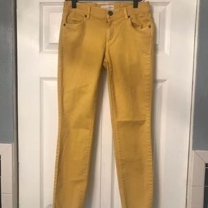 LOFT- yellow skinny cropped jeans